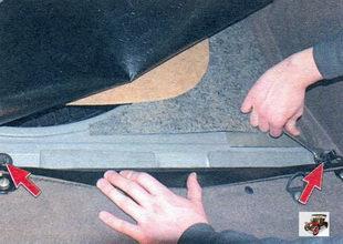 болты крепления кронштейна спинки заднего сиденья Лада Калина ВАЗ 1118
