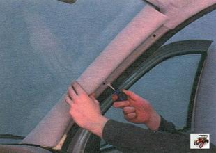 облицовка передней стойки Лада Калина ВАЗ 1118