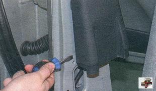 верхняя облицовка центральной стойки кузова Лада Калина ВАЗ 1118