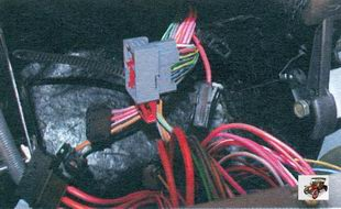 разъемы жгута проводов панели приборов Лада Калина ВАЗ 1118