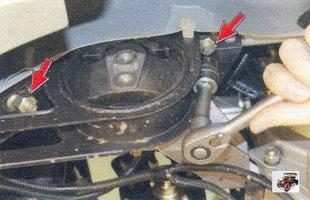 гайки крепления подушки двигателя к лонжерону кузова Лада Калина ВАЗ 1118