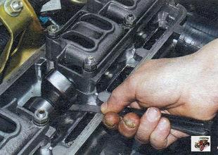 Регулировка зазоров в приводе клапанов Лада Калина Раздел 4. Двигатель автомобиля Лада Калина / Lada Kalina (ВАЗ 1118)