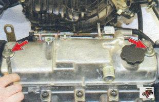 гайки крепления крышки головки блока цилиндров Лада Калина ВАЗ 1118
