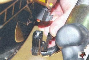разъем жгута проводов электровентилятора радиатора Лада Калина ВАЗ 1118