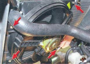 крепление кожуха электровентилятора радиатора Лада Калина ВАЗ 1118