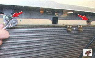 гайки крепления радиатора к кузову Лада Калина ВАЗ 1118