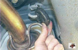 крепление дополнительного глушителя Лада Калина ВАЗ 1118