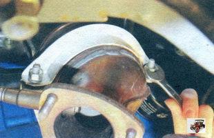гайки крепления прижима поддерживающего кронштейна катализатора Лада Калина ВАЗ 1118