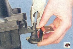резиновые опоры крепления воздушного фильтра Лада Калина ВАЗ 1118