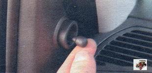 ручка регулировки положения наружного зеркала заднего вида Лада Калина ВАЗ 1118