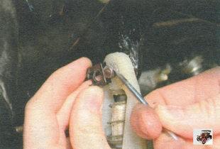 стопорная скоба пальца педали сцепления Лада Калина ВАЗ 1118