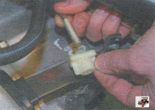 поводок наконечника троса привода выключения сцепления
