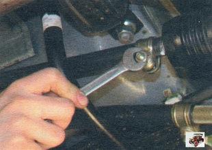 гайка стяжного болта хомута крепления реактивной тяги управления коробкой передач Лада Калина ВАЗ 1118