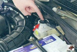 проверка работы датчика уровня тормозной жидкости Лада Калина ВАЗ 1118