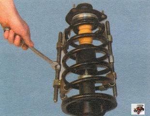 стяжки для сжатия пружин на телескопической стойке Лада Калина ВАЗ 1118