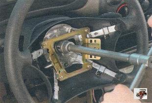 гайка крепления рулевого колеса на рулевом валу Лада Калина ВАЗ 1118