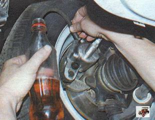 прокачка тормозов Лада Калина ВАЗ 1118