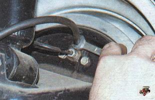 замена тормозной жидкости Лада Калина ВАЗ 1118