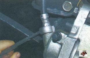 наконечник тормозного шланга на колесном цилиндре Лада Калина ВАЗ 1118