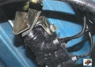 регулировка привода регулятора давления тормозов Лада Калина ВАЗ 1118