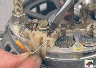 выводы обмоток статора генератора Лада Калина ВАЗ 1118