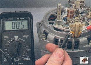 проверка обрыва в обмотках статора генератора