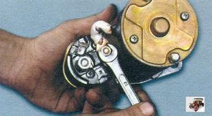 гайка крепления шины к контактному болту стартера Лада Калина ВАЗ 1118