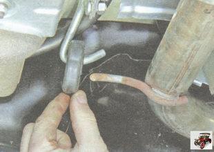 задняя подушка подвески дополнительного глушителя