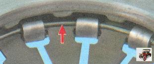 осмотрите состояние опорных колец нажимной пружины