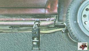 установка домкрата под автомобиль