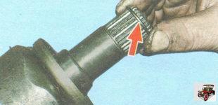 стопорные кольца на шлицевых хвостовиках внутренних шарниров