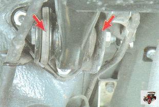 сайлентблоки (резинометаллические шарниры) балки задней подвески