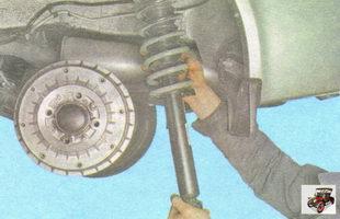 задняя стойка амортизатора Лада Гранта ВАЗ 2190