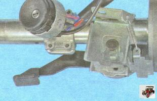 механизм регулировки положения рулевой колонки Лада Гранта ВАЗ 2190