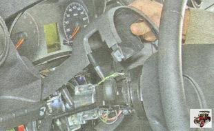 кожух рулевой колонки Лада Гранта ВАЗ 2190