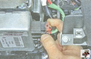 фиксатор разъема блока управления электроусилителем рулевого управления Лада Гранта ВАЗ 2190