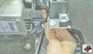 разъем блока управления электроусилителем руля Лада Гранта ВАЗ 2190