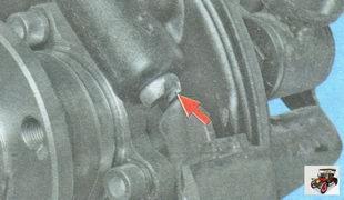 пазы поршней колесного тормозного цилиндра