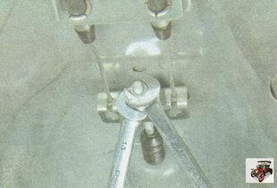 натяжное устройство ручного тормоза