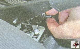 выключатель сигнализатора включения ручного тормоза