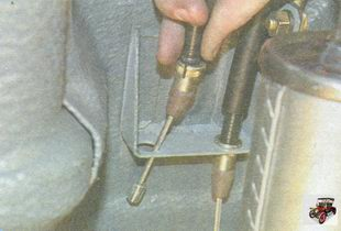 наконечник оболочки троса привода ручного тормоза