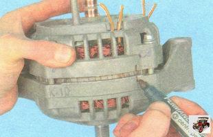 промаркируйте взаимное расположение крышек генератора