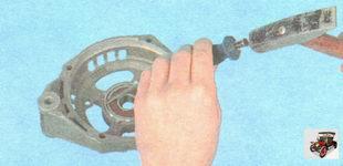 замена подшипника крышки генератора
