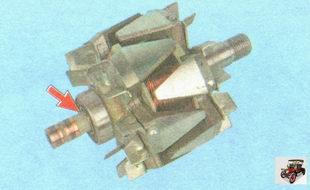 проверка легкости вращения подшипника ротора генератора со стороны контактных колец