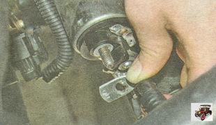 провод контактного болта тягового реле стартера