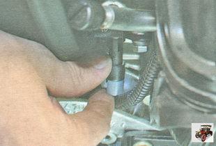 фиксатор разъема жгута проводов датчика фазы