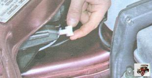 регулировка света фар на автомобиле Лада Гранта