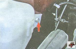 гайка крепления бачка омывателя лобового стекла