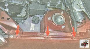 болты верхнего крепления переднего крыла к кузову