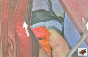 пластмассовый фиксатор разъемы жгута проводов замка двери